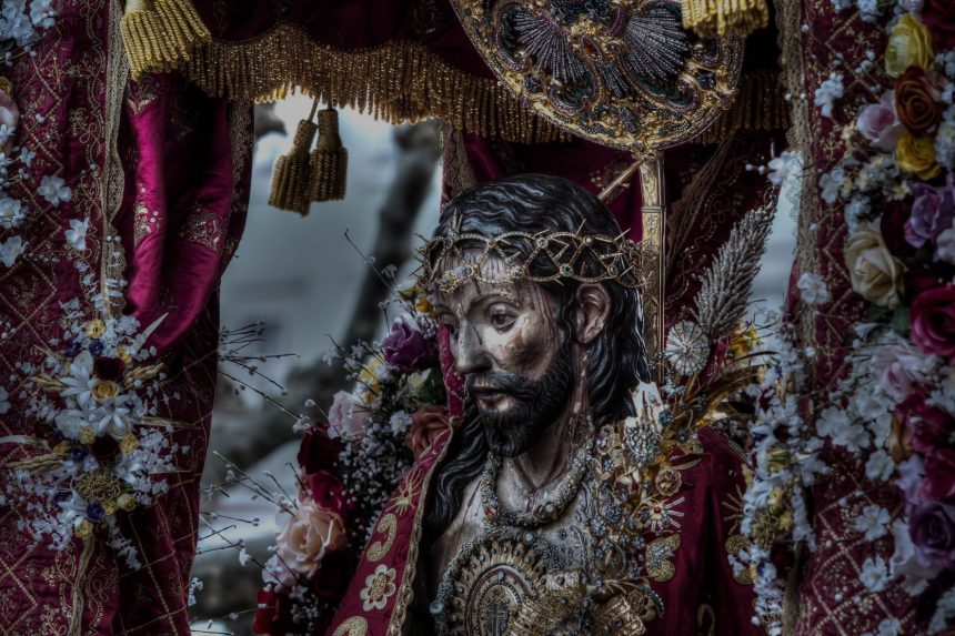 Governo espera concluir classificação do tesouro do senhor santo cristo até ao final deste ano